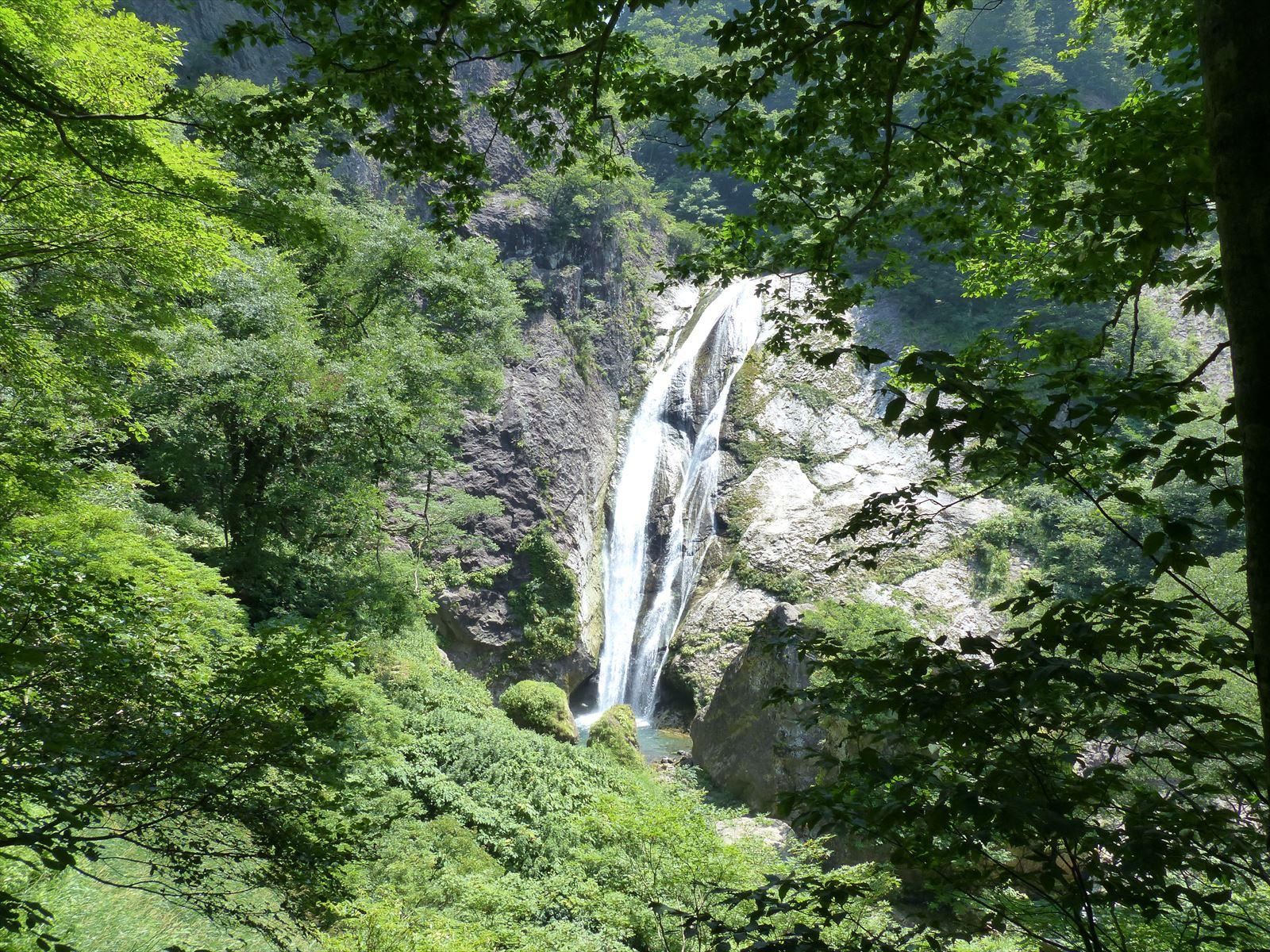 大滝が見えてきました_R